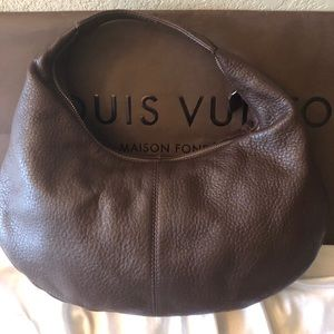 Wilson's Leather Hobo Bag. Pelle Studio